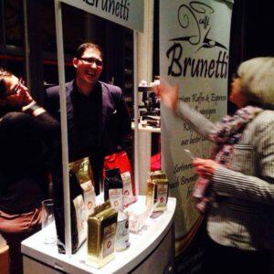 Donna Leon und Ihr Brunetti Caffé Moment